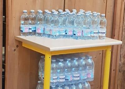 Les bouteilles au self service de Moresco